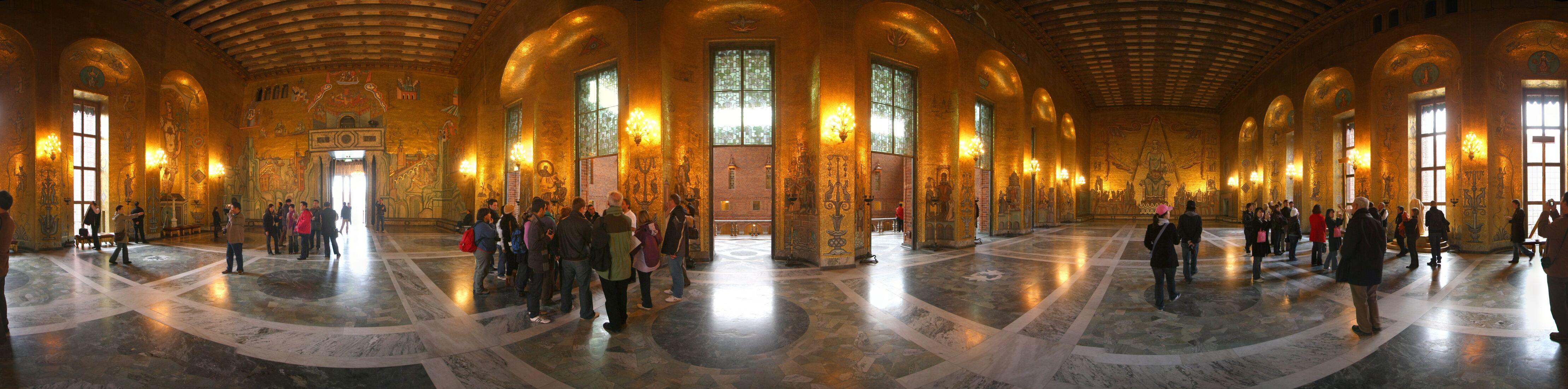 http://pic.templetons.com/brad/pano/baltic/stock-cityhall-gold.jpg