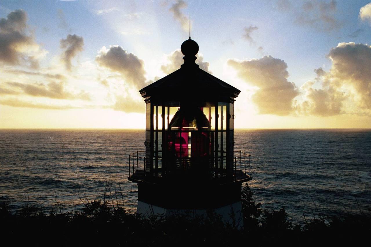 bonne nuit dans image bon nuit, jour, dimanche etc. 003-lighthouse-cape